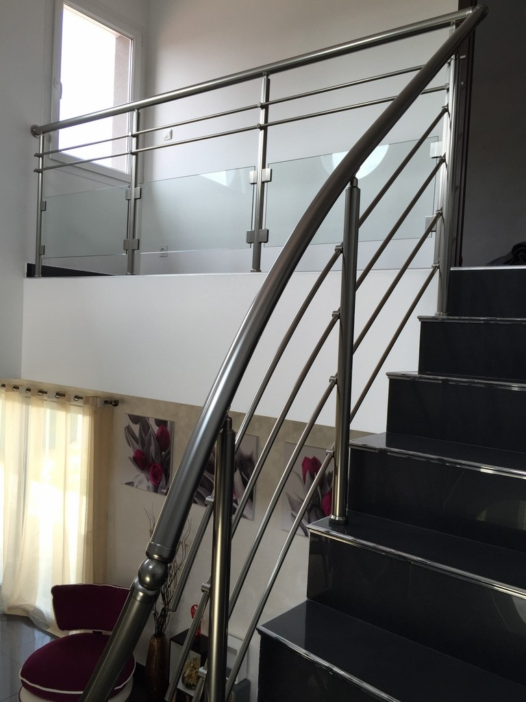 ctf etienne fabricant garde corps ctf etienne loire. Black Bedroom Furniture Sets. Home Design Ideas